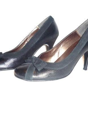 Черные туфли 100% натуральная кожа