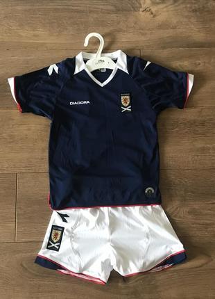 Футбольная форма diadora 3-4 года. футболка, шорты, гетры