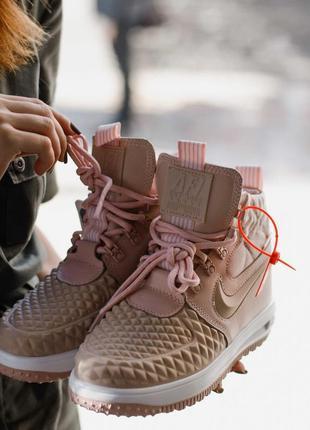 Ботинки женские nike розовый новая коллекция 36-40 размеры
