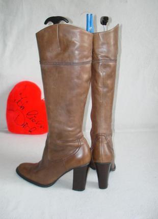 Сапоги кожаные бренд bata