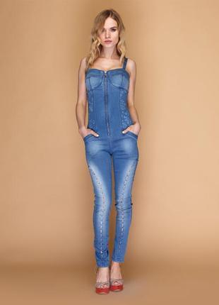 Крутой новый джинсовый комбинезон sassofono! на молнии!
