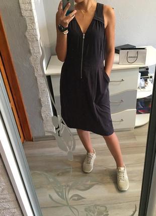 Стильное платье сарафан миди gap