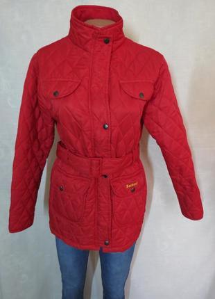 Красная демисезонная стеганая куртка оригинал barbour