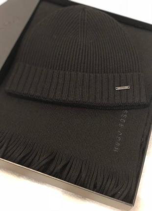 Набор мужской шапка+шарф оригинал hugo boss