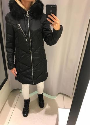 Тёплое пальто на синтепоне чёрная удлинённая куртка. reserved.
