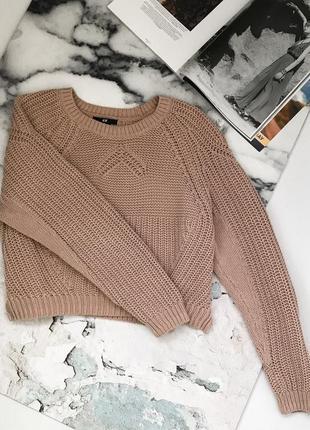 Очень крутой укороченый свитер, пудрового цвета