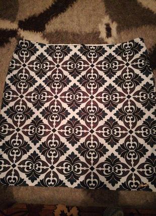 Юбка из плотной ткани с эластаном