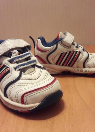 23c3906ee335 Кроссовки adidas по стельке 14 см подойдут на ножку 13 см в хорошем  состоянии