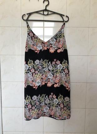 Платье zara в цветочный принт на шлейках бретельках