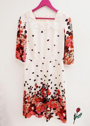 Нежное платье винтаж платье в цветочный принт с широкими рукавчиками