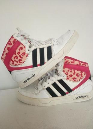 Кожаные  кроссовки-ботинки nike