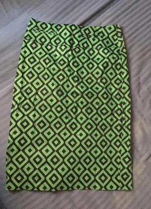 Юбка-карандаш зелёная деловая облегающая