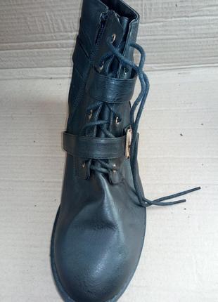 Стильні та гарні ботиночки (жіночі ботинки) нові!