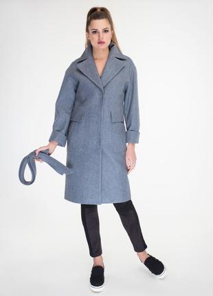 Теплое пальтишко из валяной шерсти со спущенными плечиками 56 размер