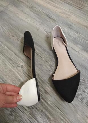 Стильные кожаные балетки туфли лодочки