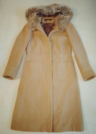 Шерстяное длинное пальто оверсайз кэмел меховой воротник капюшон
