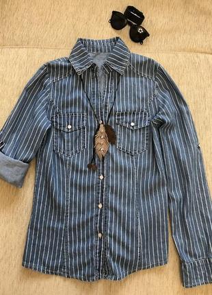 Джинсова сорочка в полоску. розмір xs