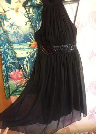 Черное  шифоное платье с декором