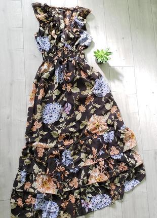 Летнее платье-сарафан с цветочным принтом