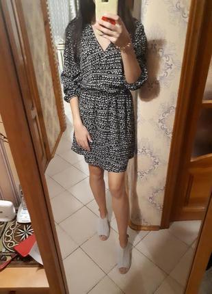 Красивое платье h&m черно-белое в пижамном стиле