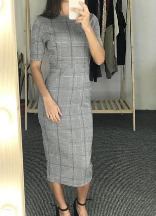 Новое платье миди boohoo 36