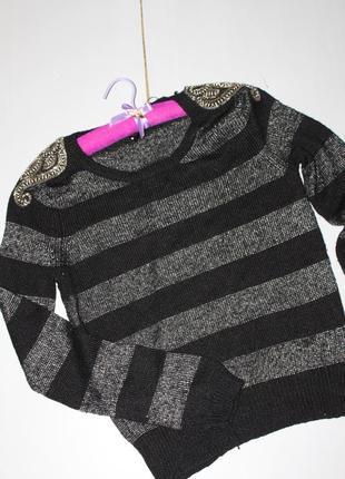 Красивый свитер размер 8-10