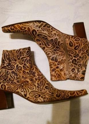 Mariре шикарные ботинки класса люкс ,перфорированная кожа /// много интересного