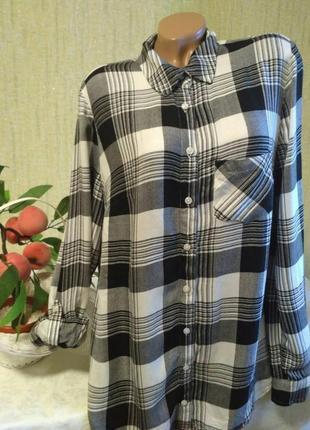 Классная удлиненная рубашка в клетку 100% вискоза