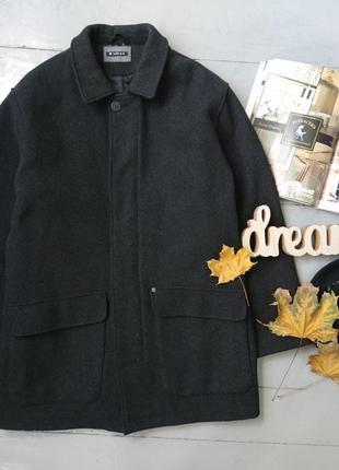 Стильное утепленное шерстяное пальто melka