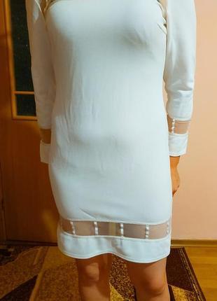 Платье нарядное с сеточкой