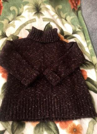 Коричневый свитер оверсайз