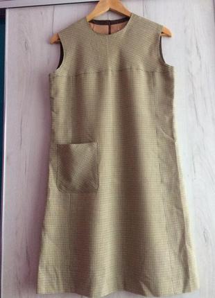 Милое дизайнерское платье-сарафан из шерсти, италия