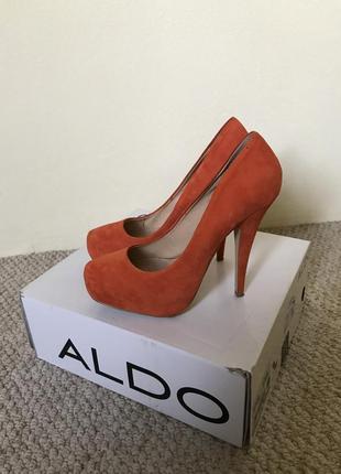 Туфли на каблуке aldo 37р.