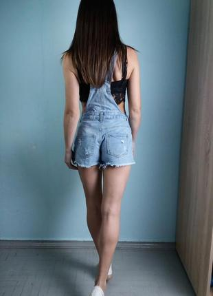 Модный джинсовый комбинезон с шортами denim co4 фото