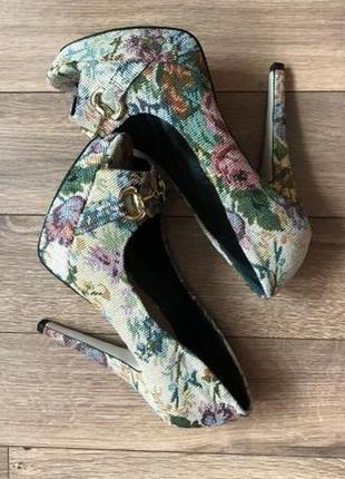 Стильные туфли на каблуке asos 37 - 38