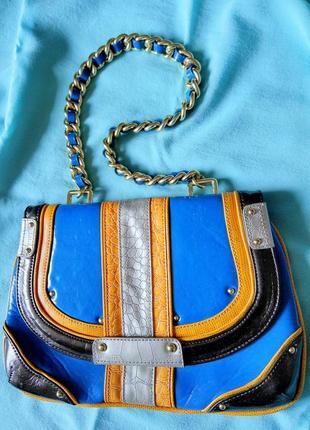 Стильная яркая качественная сумочка