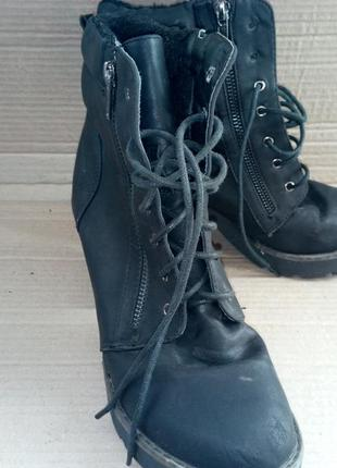 Ботинки зимові в хорошому стані