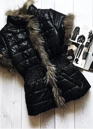Роскошный тёплый жилет с мехом чернобурки