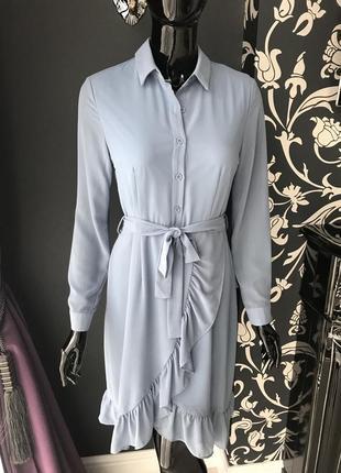 Платье голубое с рюшами