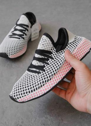 Легкие и стильные женские кросовки для бега и не только