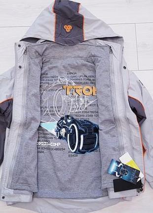 Куртка, ветровка 2-ка3