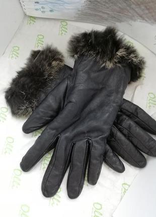 Теплые кожаные перчатки с мехом
