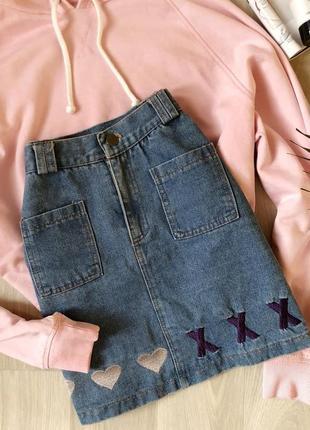 Трендовая джинсовая юбка на талию с карманами юбка с вышивкой и высокой посадкой