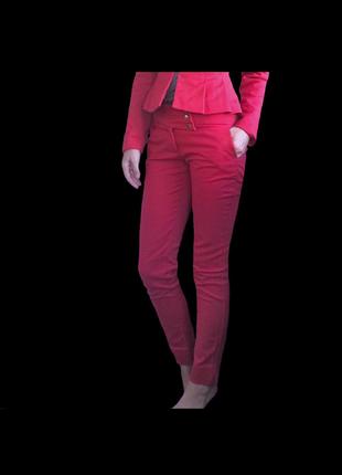 Красные укороченные брюки скинни love republic