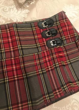 Юбка мини в клетку красную с серым шотландка