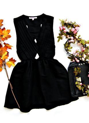 Платье черное пышное