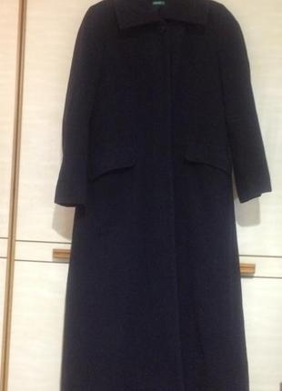 Шикарное длинное пальто benetton