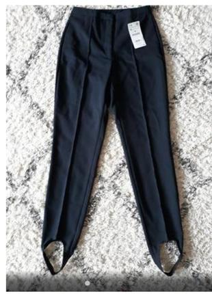 Zara, стильные брюки с карманами