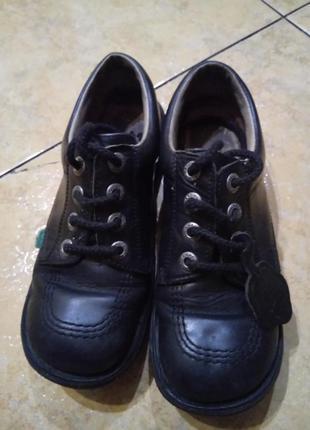 Добротные фирменные туфли ботинки 100 % кожа
