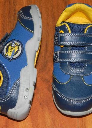 Clarks! шикарные, легкие полностью кожаные туфли-кроссовки с мигалками